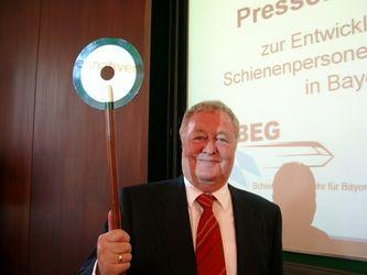 Wellner stellt die Signale für den Schienenverkehr in Bayern<br> auf Grün